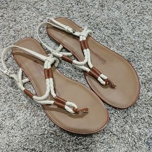 New directions sandals 6.5